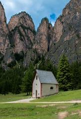 Valley Chapel (bjorbrei) Tags: chapel meadow cliffs mountains forest valley vallunga selva valgardena gröden gherdëina tyrol tirol tirolo italy italia dolomites dolomiten dolomiti