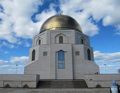 The memorial in honor of the conversion of the Volga Bulgarians to Islam in 922. Памятный знак в честь официального принятия ислама волжскими булгарами в 922 г (leraorsi70) Tags: булгар bolghar bulgar