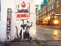 @TheRingOfDoom Loves Robbo (206liz) Tags: streetart london robbo bleqlerat theringofdoom uk kingrobbo peace