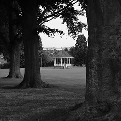 bandstand (bejem) Tags: bandstand bassettsclose park trees wellingborough