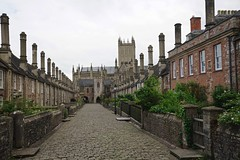 Vicars' Close, Wells, Somerset (jozioau) Tags: variosonnart281635 stone residences terraced medieval ecclesiastical gothic wells somerset cathedral