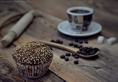 Brown cupcake still life (khalid almasoud) Tags: coffee stilllife foodphotography sonya5100 tvlens 35mm mf سوني cupcake photography photographer photographyrocks fujian