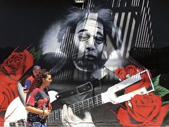 What a Long Strange Trip (-»james•stave«-) Tags: sanfrancisco sf california ca haightashbury cole street art wall mural melwaters portrait jerrygarcia guitarist gratefuldead rock psychedelia 1960s counterculture shadow color red iphone6s