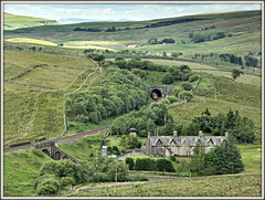 Potting the Yellow (david.hayes77) Tags: garsdalecommon class158 northern dmu garsdalehead garsdale sc settlecarlisle 2017 2h88 yorkshire cumbria countyline a684 pottingtheyellow yorkshiredales cottages railwaycottages 158853