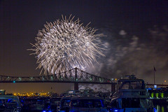 fireworks-in-the-old-port-by-eva-blue-20_35228593413_o (The Montreal Buzz) Tags: fireworks feuxdartifices oldport vieuxport montreal evablue