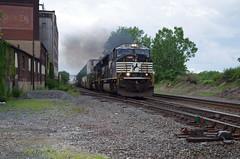 NS 2614 (Fan-T) Tags: ns sd70m 2614 cleveland ohio prr smoke