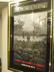 War of the Planet of the Apes Poster 8598 (Brechtbug) Tags: war planet apes poster beekman theater marquee billboard ad standee posters 2017 film movie profile 07152017 action movies films billboards plastic statue scary adventure ceasar caesar theatre advertisement chimp chimpanzee gorilla maurice orangutan 66th 67th street 2nd avenue new york city
