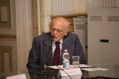 EOS_3962 Piero Bassetti (Fondazione Giannino Bassetti) Tags: milano politica seminari responsabilità globalizzazione storia etica migrazioni stato governance innovazione digitalizzazione internet
