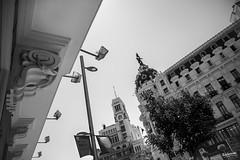 03_Farolas (Ragonar) Tags: farolas madrid madridphoto granvía streetphotography streetstyle ragonar blackwhite bw blanconegro