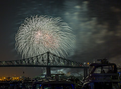 fireworks-in-the-old-port-by-eva-blue-24_35228590383_o (The Montreal Buzz) Tags: fireworks feuxdartifices oldport vieuxport montreal evablue