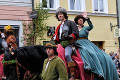 LaHo 2017 (berndkru) Tags: canoneos6d landshut canonef85mmf12liiusm landshuterhochzeit bridalpageant historical historisch costumes falke falcon