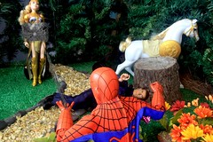 Paprihaven 1093 (MayorPaprika) Tags: canoneos50d 16 custom diorama toy story actionfigure paprihaven 2017 spiderman park turtlecrossing worldpeacekeepers madetomove barbie mattel lea policeofficer captainaction playing mantis queenhippolyta horse wonderwoman