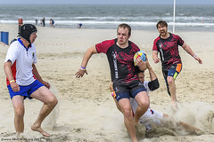 H6G64107 Ameland Invites v Baba Bandits (KevinScott.Org) Tags: kevinscottorg kevinscott rugby rc rfc beachrugby ameland abrf17 2017 vets veterans netherlands