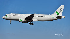 CS-TKQ Azores Airlines (José M. F. Almeida) Tags: lppt lis lisboa lisbon aircrafts airport spotting cstkq azores airlines airbus a320200 cn 2325