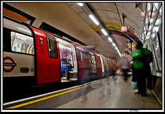 euston_ccb2 (The_Jon_M) Tags: england uk urban 2016 britian august nikon d5500 nikond5500 dlsr dslr london greaterlondon tube train rain railway underground londonunderground northern northernline euston londoneuston station longexp
