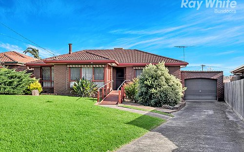 27 Kurrajong Cr, Watsonia North VIC 3087