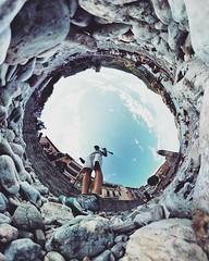 Les gallets de Collioure Collioure's pebbles #pebbles #galets #collioure #gear360 (Ben Heine) Tags: benheinephotography photography composition light smartphone nature landscape beauty beautiful photo photographie art ifttt instagram benheine horizon benheineart
