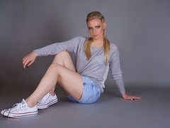 IMG_4565 (Deviant_Fox) Tags: woman lady girl blond blonde skinny slim sporty sport jeans dress heels higheels converse laying resting sit sitting floor background wallpaper grey blue pink cat dog puppy kitten animal animals hair makeup