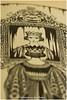 Queen snowy white (HP030209) macro mondays (Hetwie) Tags: gebroedersgrimm macro queen snowywhite fairytail macromondays koningin sprookje book sneeuwwitje boek antonpieck helmond noordbrabant nederland 1940