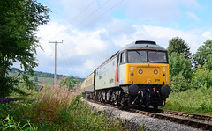 47376 at Didbrook. (curly42) Tags: 47376 class47 brushtype4 duff railfreight railway transport gwsr locohauled engineandcoaches