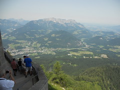 DSCN4826 (usapride) Tags: kehlsteinhaus austria österreich berchtesgaden berchtesgadenaustria berchtesgadenösterreich eaglesnest nazi adolfhitler hitler