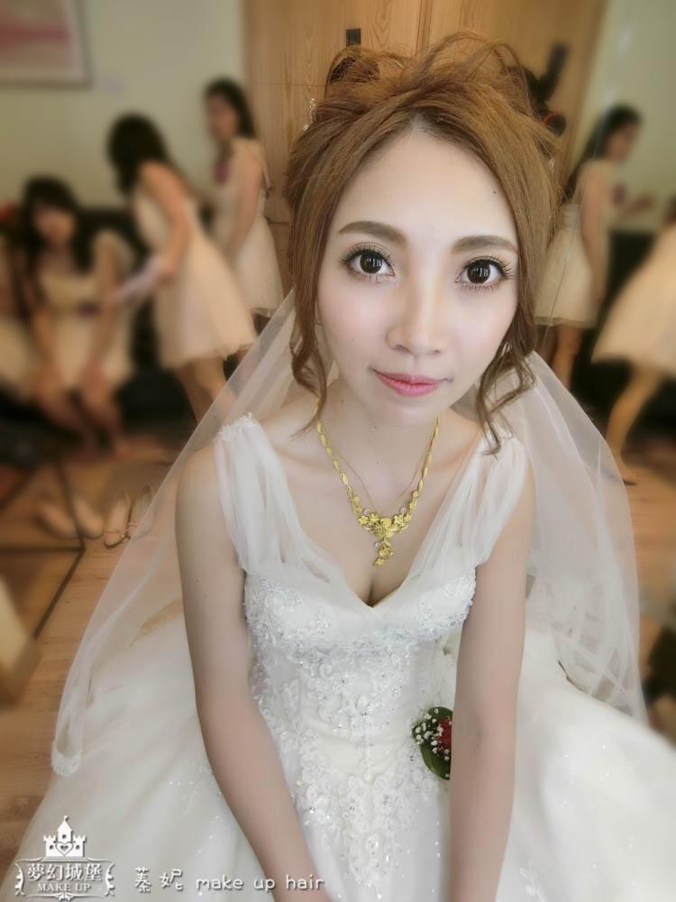 【新秘蓁妮】bride可欣 訂結婚造型 / 彰化宏銘的廚房