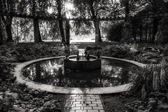 Pinguinbrunnen (Stadtpark Hamburg) (Northside-Images) Tags: hamburg pinguinbrunnen stadtpark canoneosm5