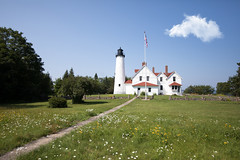 Iroquois Point Light (Rudy Malmquist) Tags: lighthouse iroquois point light lakesuperior whitefish bay michigan