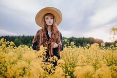 DSCF1517 (KirillSokolov) Tags: red girl portrait redhead redhair summer hat fujifilmru fujifilmxt2 mirrorless xtrance ivanovo поле девушка портрет рыжая закат sunset лето шляпа фуджифильм беззеркалка kirillsokolov кириллсоколов иваново