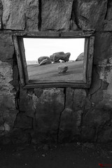 Framed (Picardo2009) Tags: arizona cliffdwellers stonehouse usa choza hut travel blackwhite picoftheday outdoor desert window framed arid abandoned empty no person wall