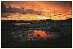 (Frank S. Schwabe) Tags: sunset summer sea sunlight shore coast canon cloudy curves ef24mmf28isusm eos 6d midnightsun dramatic karihola kristiansund nordmøre norway norge nature atlantic golden ocean rocks red pond availablelight