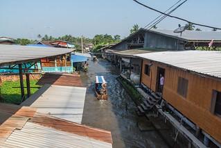 marche fottant damnoen saduak - thailande 25