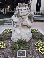Leo The Lion (ArtFan70) Tags: leothelion leo josephfaul faul kingscollege college wilkesbarre pennsylvania pa unitedstates usa america art statue sculpture animal bigcat lion mascot crown mulliganphysicalsciencecenter mulligan kings university