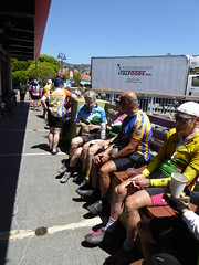 at Cafe Acri in Tiburon (mjstein) Tags: cyclist gpc grizzlypeakcyclists