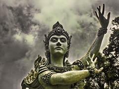 Bali, Scuplture at Lake Bratan (gerard eder) Tags: world travel river viajes asia southeastasia indonesia bali lakebratan statues escultura sculpture skulptur art streetart streetlife street palace palacio palast outdoor