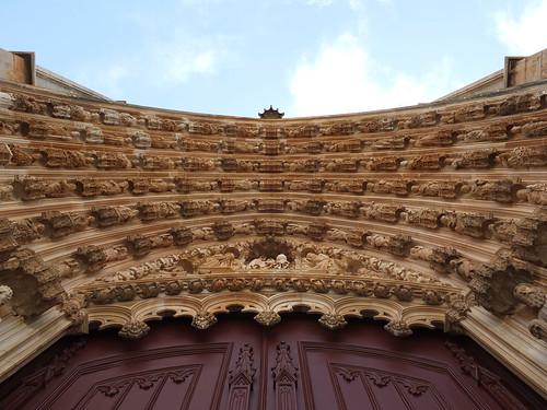 Monasterio de Santa Maria da Vitória - Detalle de la portada 6