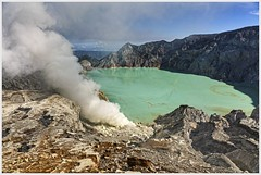 sulphuric bath (i.v.a.n.k.a) Tags: sulphur steam crater lake landscape ijen kawahijen indonesia java sulphuric ivanahesova ivanadorn sonyalpha