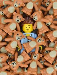 Sweet dream🐻 (Alex THELEGOFAN) Tags: lego legography minifigure minifigures minifig minifigurine minifigs minifigurines sleepyhead sleep bed night teddy bear toy series 6 collectible yawning asleep