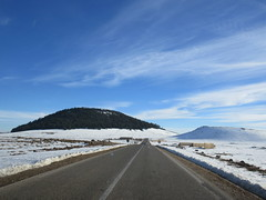Hills amid snow fields, Middle Atlas near Azrou, Morocco (Paul McClure DC) Tags: middleatlas morocco jan2017 almaghrib ifrane azrou mountains winter scenery snow northafrica