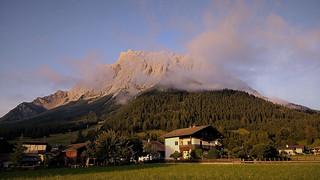 Zugspitze (2962m) at sunset (201918437)