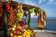 Positano (bautisterias) Tags: campania southernitaly theamalficoast amalfi costieraamalfitana italia italy coastline coast d750