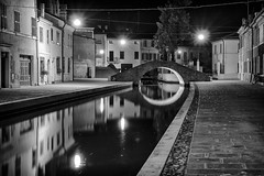 Comacchio-28 (Francesco Romano) Tags: bn comacchio street bianco nero bianconero monocromo notte bw black white blackwhite italia italy night monochrome monochromatic emiliaromagna emilia romagna fiume river po