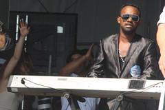 Los Van Van (2017) 08 (KM's Live Music shots) Tags: worldmusic cuba timba losvanvan electricpiano piano neworleansjazzheritagefestival congosquarestage fairgroundsracecourseneworleans