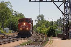 CN 8805 - E271 (railroadcndr) Tags: cn cnr canadiannational cndundassub brantford ontario canada cnbrantford cnsimpson cne271 cn8805 emcc sd70m2 freight train engine locomotive track tracks railroad railway station signal switch siding yard