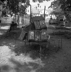 Floating The Other Way. Juan Luis Mesa. (rotabaga) Tags: sverige sweden svartvitt örebro blackandwhite bw bwfp lubitel166 lomo lomography mediumformat mellanformat 120 6x6 openart artexhibition art konst konstutställning
