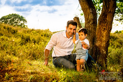 Family (StudioD.info) Tags: family famile familienshooting shooting onlocation outdoor dad child heide vater kind