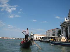 Gondolier, Venice (Dan_DC) Tags: male man men gondolier venice italy venezia boat rowing oaring canal stripes uniform gondola uomo homme