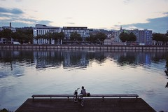 (antoniogreek) Tags: streetstyle street streetphotography francia france lione lyon fiume river canon tramonto sunset skyline sky