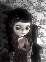 Toy-in-the-Frame Thursday; and Blythe-a-Day July#21 Crime Writing: Scout La Rue