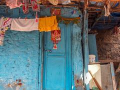 Mumbai 2015 (hunbille) Tags: india mumbai birgittemumbai1lr door walkeshwar temple complex walkeshwartemple malabarhill malabar hill laundry bangangatank banganga tank lake bombay